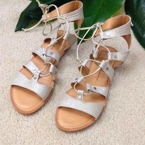 🔥Last chance 🔥Dolce Vita silver sandals
